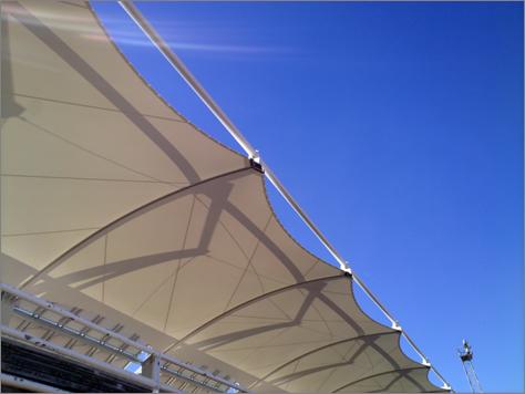 Cubierta y fotovoltaica campo de fútbol